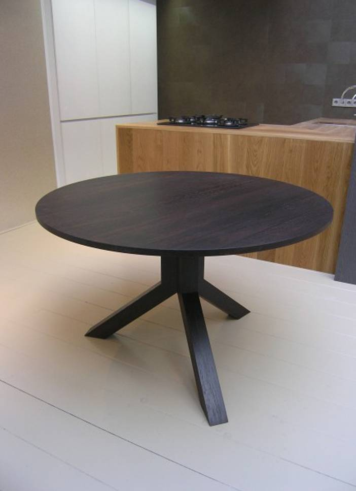 ronde eettafel hout Firma 400